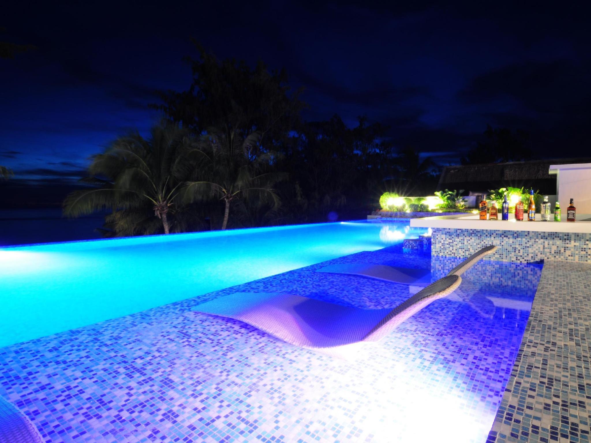 Boracay Uptown Hotel15
