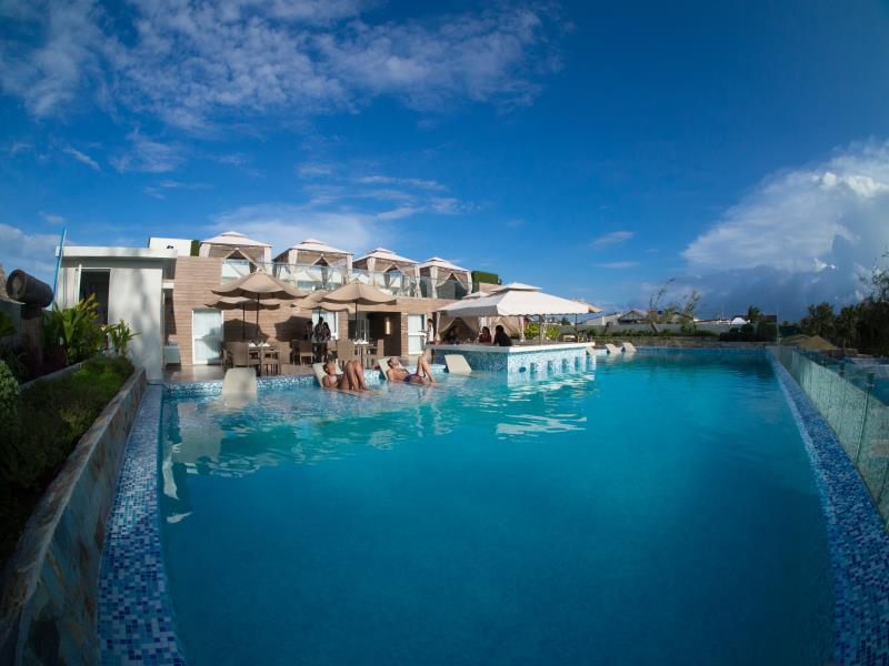Boracay Uptown Hotel0
