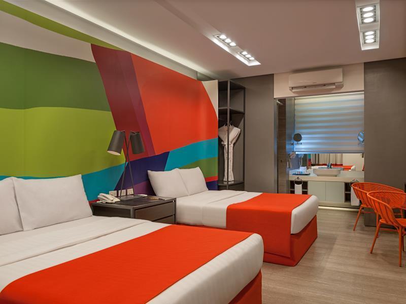 Boracay Uptown Hotel2