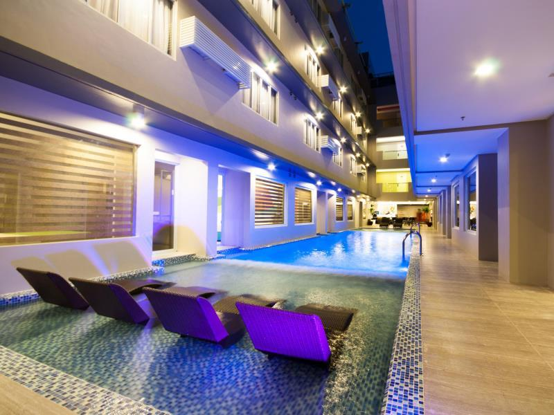 Boracay Uptown Hotel34