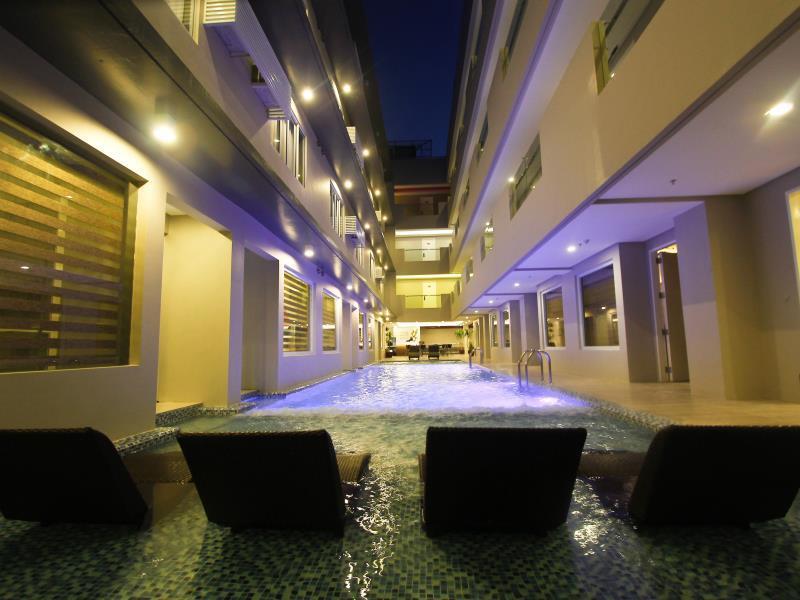Boracay Uptown Hotel35