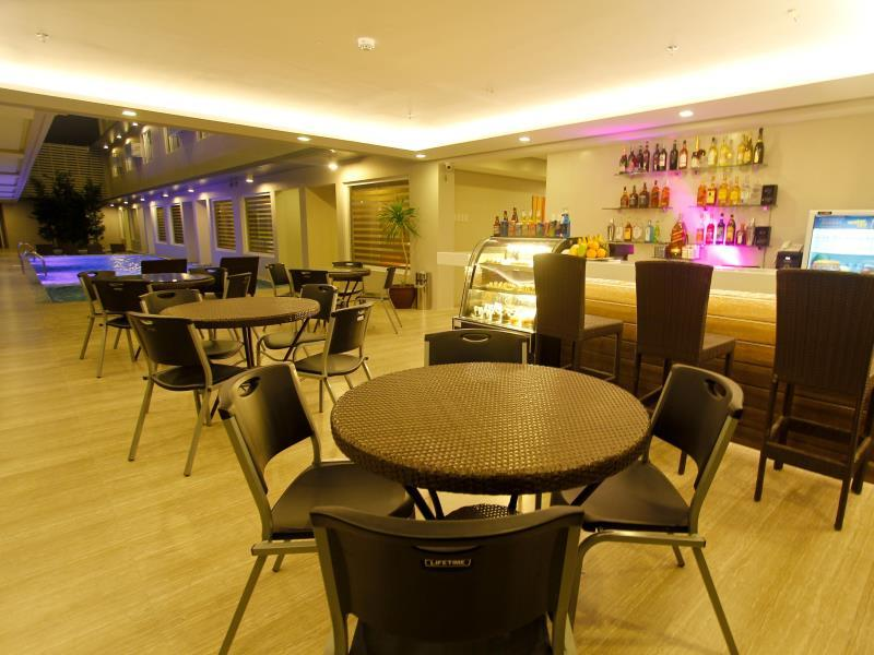 Boracay Uptown Hotel36
