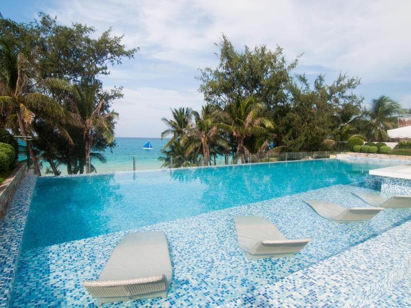 Boracay Uptown Hotel54