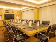 Deltin Suites: meeting room