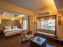 Deltin Suites: guest room