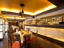 Deltin Suites: restaurant