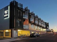 King and Queen Hotel Suites | New Zealand Budget Hotels