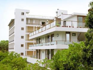 /purple-hotels-resorts-cuisine/hotel/pondicherry-in.html?asq=jGXBHFvRg5Z51Emf%2fbXG4w%3d%3d