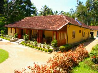 Krinda Walauwa Residence