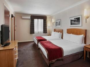 /jurys-inn-east-midlands-airport/hotel/derby-gb.html?asq=jGXBHFvRg5Z51Emf%2fbXG4w%3d%3d