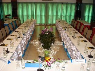 Golden Pine Resort and Spa Chiang Rai - Meeting Room