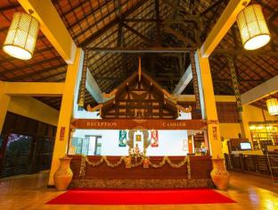 Golden Pine Resort and Spa Chiang Rai - Lobby