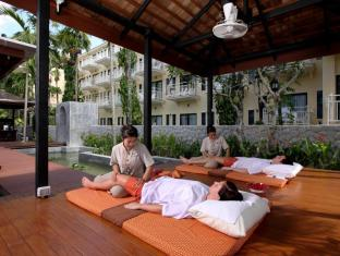 The Front Village Hotel Phuket - Spa