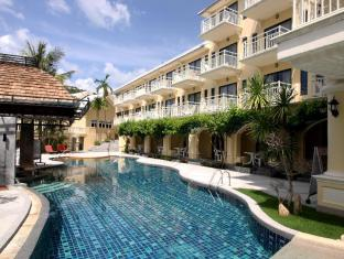 The Front Village Hotel Phuket - Pool