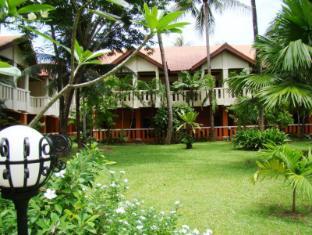 Hyton Leelavadee Hotel Phuket - Garden