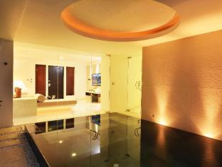 The Racha Phuket Resort Phuket - Spa Pool Suites