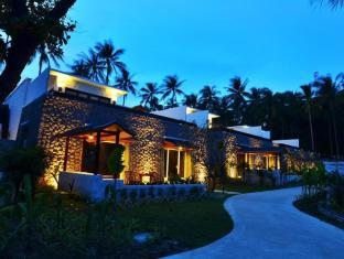 The Racha Phuket Resort Пукет - Фасада на хотела