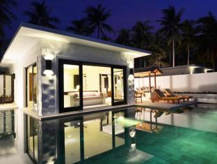 The Racha Phuket Resort Phuket - Svømmebasseng