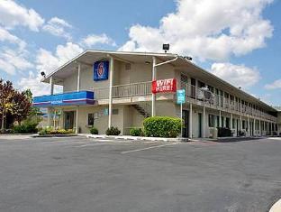 /motel-6-reno-virginia-plumb/hotel/reno-nv-us.html?asq=jGXBHFvRg5Z51Emf%2fbXG4w%3d%3d