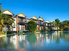 Australia Hotel Booking | Australis Noosa Lakes Resort