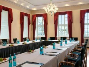 Hotel Taschenbergpalais Kempinski Дрезден - Комната для переговоров