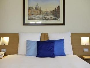 Novotel Brussels Off Grand Place Hotel Brussels - Guest Room