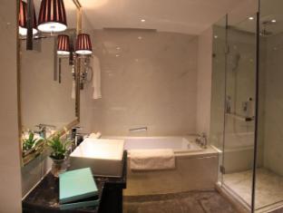 Lee Garden Service Apartment Beijing - Bathroom