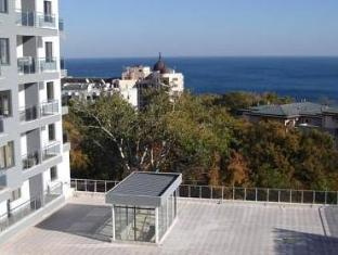 /dilov-apartments-in-yalta-golden-sands/hotel/varna-bg.html?asq=vrkGgIUsL%2bbahMd1T3QaFc8vtOD6pz9C2Mlrix6aGww%3d