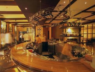 Holiday Inn Clark 安吉利斯/克拉克 - 酒吧/高級酒吧