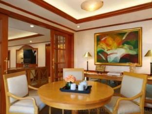 Richmonde Hotel Ortigas Manila - Presidential Suite