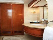 Philippines Hotel | bathroom