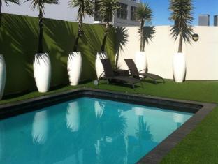 Vibe Hotel Sydney Sydney - Swimming Pool