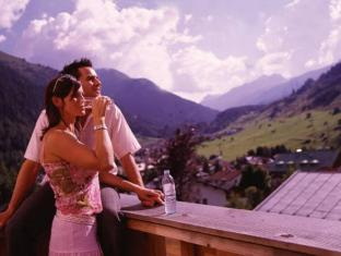 /nl-nl/hotel-garni-ernst-falch/hotel/sankt-anton-am-arlberg-at.html?asq=jGXBHFvRg5Z51Emf%2fbXG4w%3d%3d