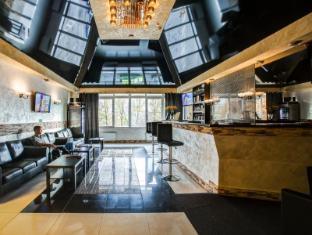 /fi-fi/grand-hotel-petrogradsky/hotel/saint-petersburg-ru.html?asq=vrkGgIUsL%2bbahMd1T3QaFc8vtOD6pz9C2Mlrix6aGww%3d
