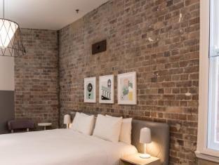 Aarons Hotel Sydney