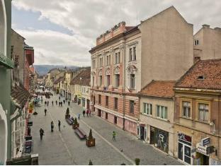 /centrum-house-hostel/hotel/brasov-ro.html?asq=jGXBHFvRg5Z51Emf%2fbXG4w%3d%3d