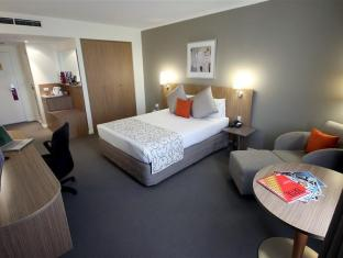 Mercure Hotel Parramatta Sydney - Guest Room