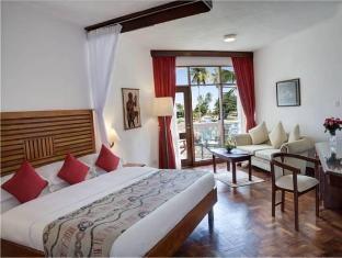 /amani-tiwi-beach-resort/hotel/mombasa-ke.html?asq=GzqUV4wLlkPaKVYTY1gfioBsBV8HF1ua40ZAYPUqHSahVDg1xN4Pdq5am4v%2fkwxg