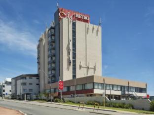 Metro Hotel Перт - Зовнішній вид готелю
