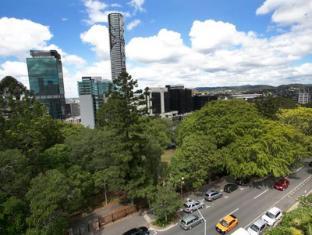 Metro Hotel Tower Mill Brisbane - Exterior
