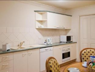 Royal Woods Resort Gold Coast - 3 Bedroom Villa