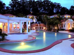 Royal Woods Resort Gold Coast - Swimming Pool