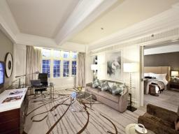 Cathay Building Classic Suite