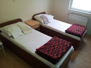 /simple-accommodation-vodmat/hotel/ljubljana-si.html?asq=5VS4rPxIcpCoBEKGzfKvtBRhyPmehrph%2bgkt1T159fjNrXDlbKdjXCz25qsfVmYT