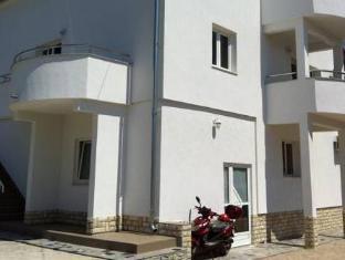 /lt-lt/apartments-roko/hotel/dubrovnik-hr.html?asq=5VS4rPxIcpCoBEKGzfKvtE3U12NCtIguGg1udxEzJ7keqCYRqLR%2bUoWcrdzs8Mus2Mw0vGk2ufPhLHBa0Ko12pwRwxc6mmrXcYNM8lsQlbU%3d
