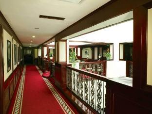 Donghu Garden Hotel Shanghai - Balcony/Terrace