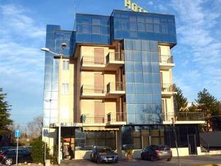/de-de/hotel-sabo/hotel/bologna-it.html?asq=vrkGgIUsL%2bbahMd1T3QaFc8vtOD6pz9C2Mlrix6aGww%3d