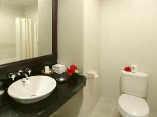 아디 다르마 호텔 발리 - 화장실