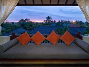 Kuta Seaview Boutique Resort & Spa Bali - Balcony