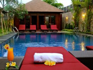 Ari Putri Hotel Bali - Bazén